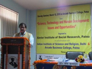 2-Jose Kalapura, welcome address, Science-Religion Seminar, Arcade Business College, Patna, Mar 10, 2018IMG 36711