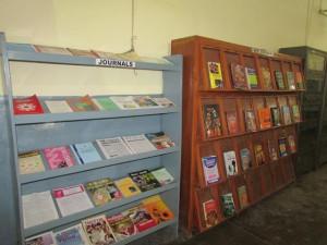 CNew books display racks